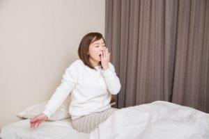 「うちのママはどうしてアクビばかりしているの?」~「睡眠白書」にみるママたちの睡眠事情